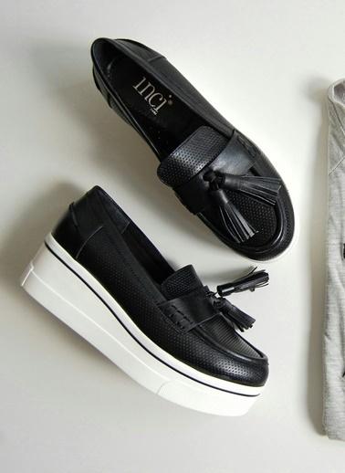 İnci İnci Toka Detaylı   Düz Ayakkabı Siyah